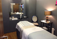 cosmetic junkie urban spa treatment room